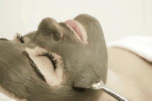 Mud_Mask_Facial